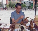Feria destaca productos para el día del padre
