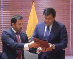 Entregan proyecto de reformas a Función judicial