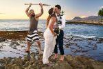 """""""Aquaman"""": el protagonista inesperado de una sesión de fotos de unos recién casados"""