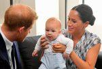 FOTOS | Así fue el esperado aparecimiento del bebé de Meghan y Harry en gira por África