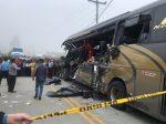 VIDEO: Varios muertos tras fuerte accidente entre bus y un camión pesado en Cañar