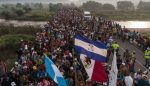 """""""Quiero que mi hijo sea norteamericano"""", repiten embarazadas de caravana migrante"""