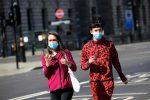 Reino Unido comenzará ensayos de vacunas en humanos esta semana