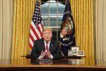 """VIDEO: Trump insiste en construir muro por """"crisis"""" en frontera"""