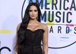 Demi Lovato es captada en una romántica cita