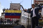 Guaidó exige la liberación del jefe de su despacho detenido anoche