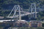 VIDEO: Colocan el último tramo del nuevo puente de Génova, Italia