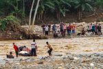 Las inundaciones en Indonesia dejan casi 30 muertos