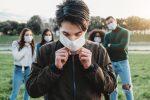"""""""No son invencibles, este virus puede llevarlos al hospital durante semanas o incluso matarlos"""""""