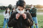 El fuerte mensaje de una paciente joven con coronavirus a los que piensan que nunca se contagiarán