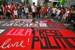 VIDEO: miles piden liberación de Lula, que cumplió un año de prisión