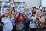 Cientos de personas realizan marchas en Argentina por jóvenes asesinados a golpes
