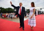 FOTO | Camisetas mojadas al estilo de Melania Trump