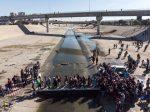 VIDEO: migrantes intentaron entrar a EEUU