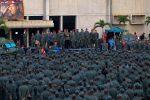 """VIDEO: Maduro dice a militares venezolanos que """"ha llegado la hora de combatir"""""""