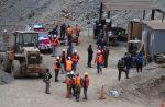 Rescatan a uno de los mineros bolivianos atrapados en Chile