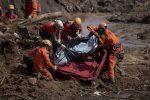 VIDEO: detienen a cinco ingenieros por tragedia minera en Brasil