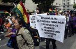 VIDEO: bolivianos se enfrentan a policía en protestas contra Morales