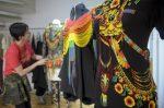 VIDEO: una indígena transgénero y una diseñadora colombiana conquistan las pasarelas