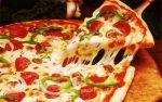 """""""Ya no puedo dormir"""": Hombre lleva nueve años recibiendo pizzas que no pide"""