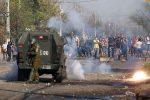 VIDEO | Violenta protesta en Chile por la falta de alimentos durante la cuarentena