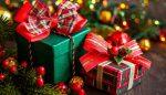 Anciano dejó regalos de Navidad a su vecina de 2 años (para los próximos 14 años)