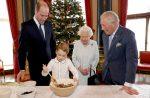 La reina Isabel marca una nueva década con una fotos de su herederos