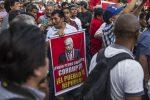 VIDEO: cientos exigen renuncia de fiscal Chávarry en Perú