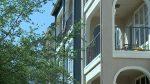 Hombre se tira de balcón tras negarse a tener intimidad con mujer