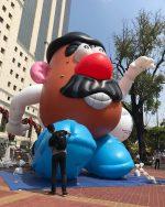 Primer desfile de globos gigantes en Guayaquil