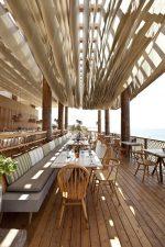 VIDEO: el inusual techo de la terraza de un restaurante de Grecia se vuelve viral en la Red