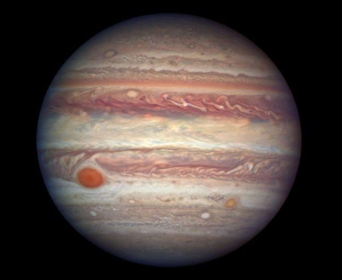 Esta es una foto de Júpiter obtenida por el telescopio espacial Hubble.