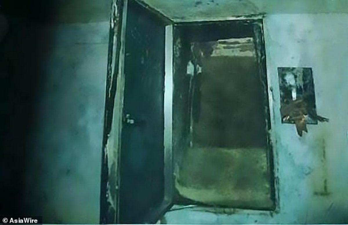 La niña estaba encerrada en un calabozo cavado por el sospechoso debajo de su habitación.