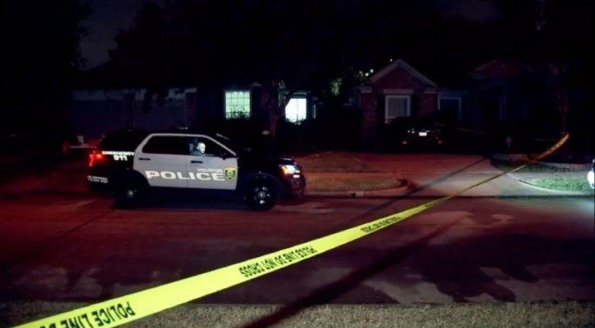 La Policía de Houston acudió al domicilio de la familia, donde encontraron al niño sin vida. (Vía ABC)